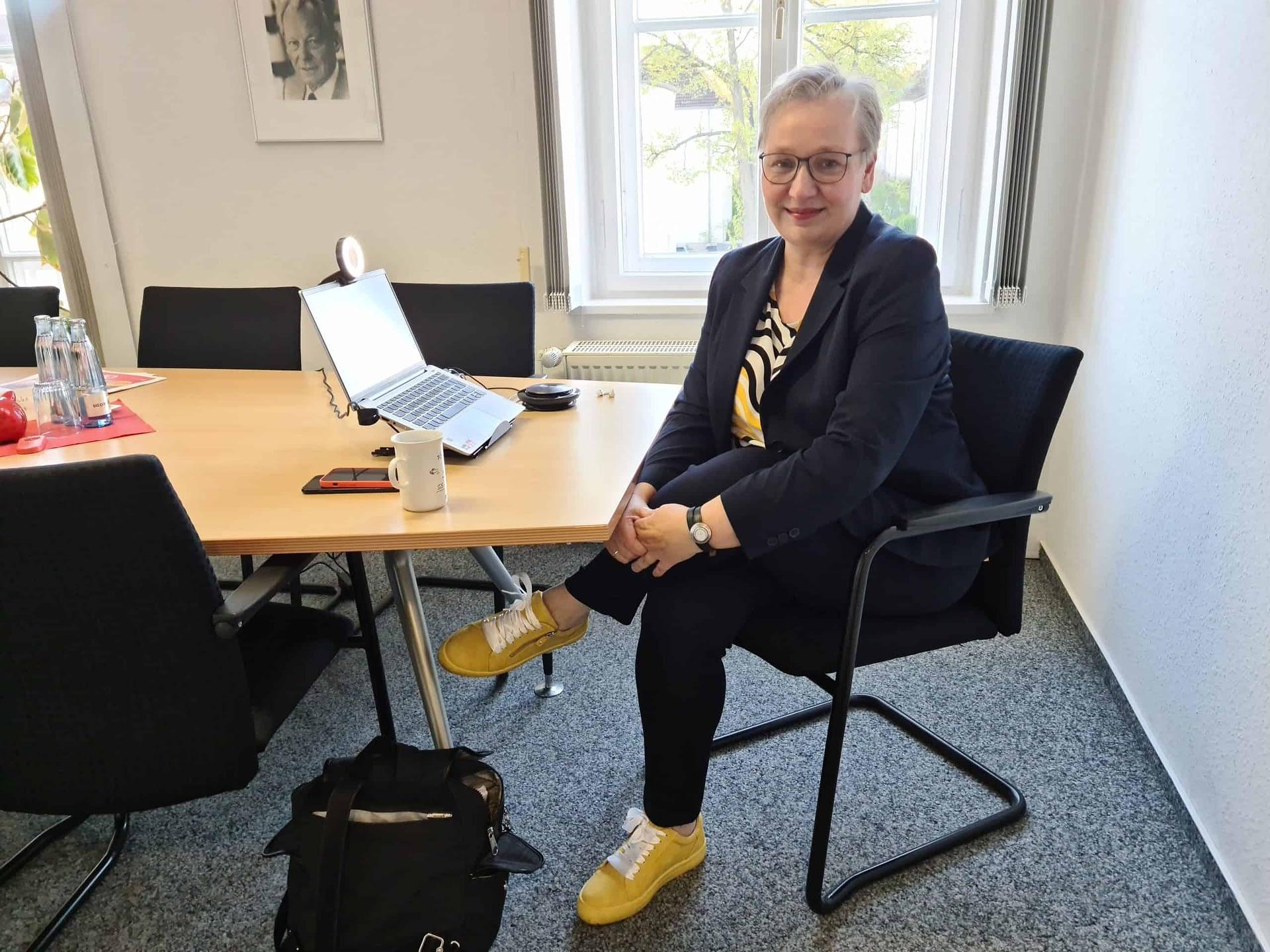 Iris Bothe beim Townhall Meeting in Wolfsburg - digital