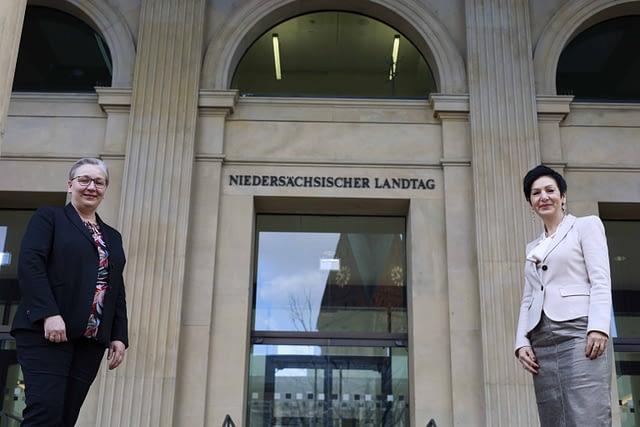 Iris Bothe von der SPD gewählt - mit Immacolata Glosemeyer